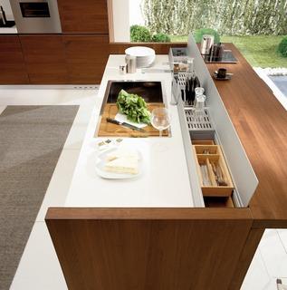 imm cologne 2010 gr ner trend geht in die verl ngerung. Black Bedroom Furniture Sets. Home Design Ideas